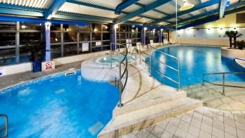 mercure chester pool